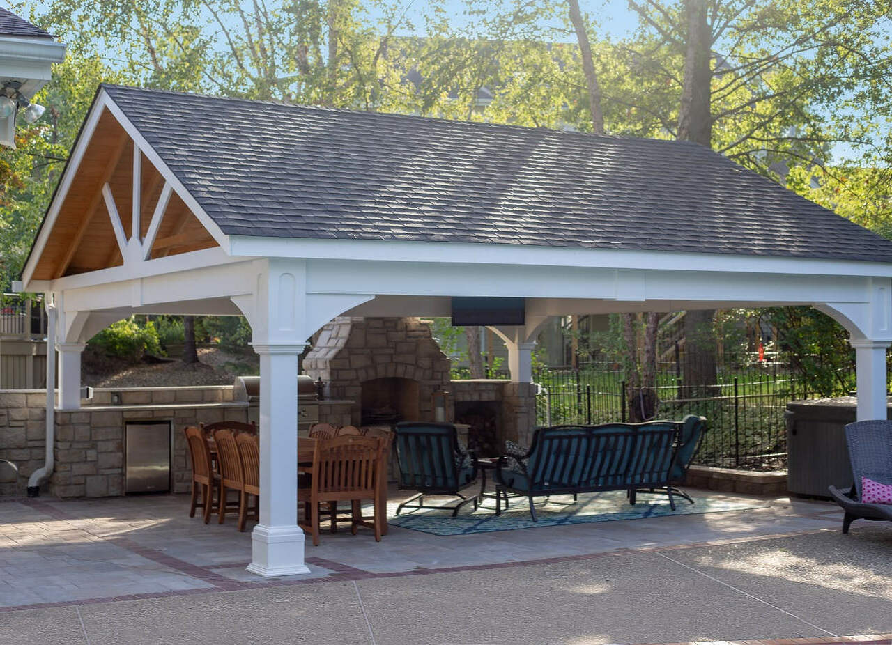20x20 Vinyl Pavilion Gable Roof, 8x8 posts, engineered beams to span 20ft, heavy duty post brackets / Chesterfield, MO