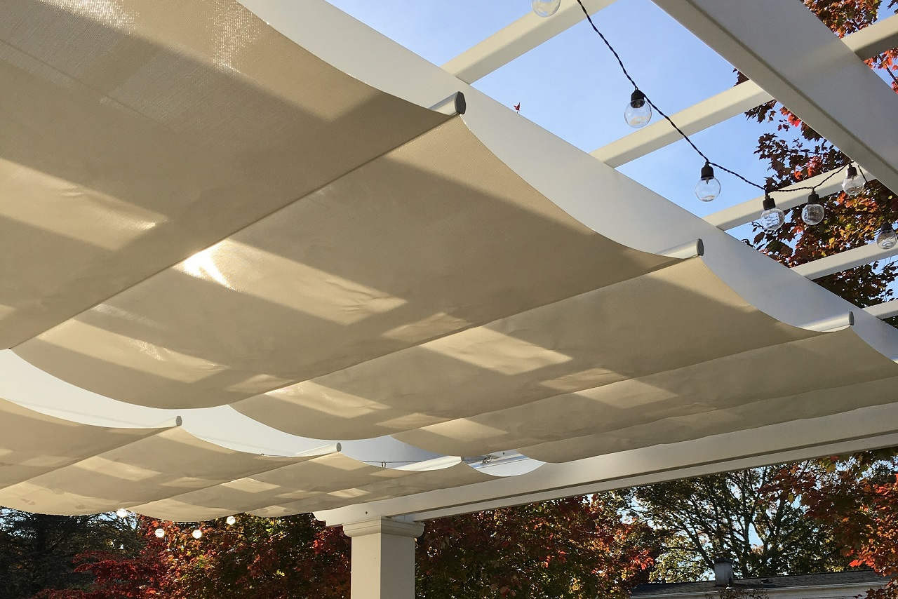 Retractable fabric Infinity Canopy Pfifertex™ Stucco Color / Massapequa, NY.