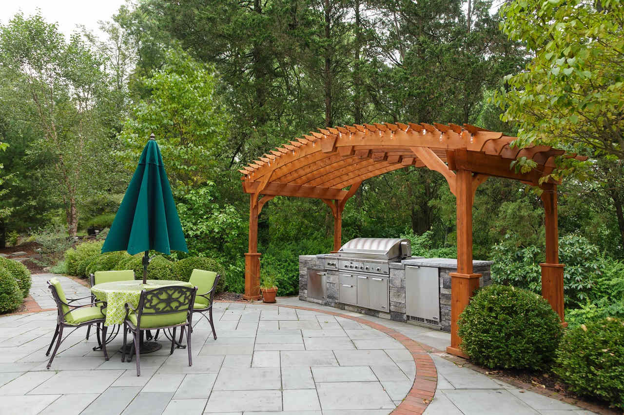 16x8 curved pergola over outdoor kitchen, East Stroudsburg, PA