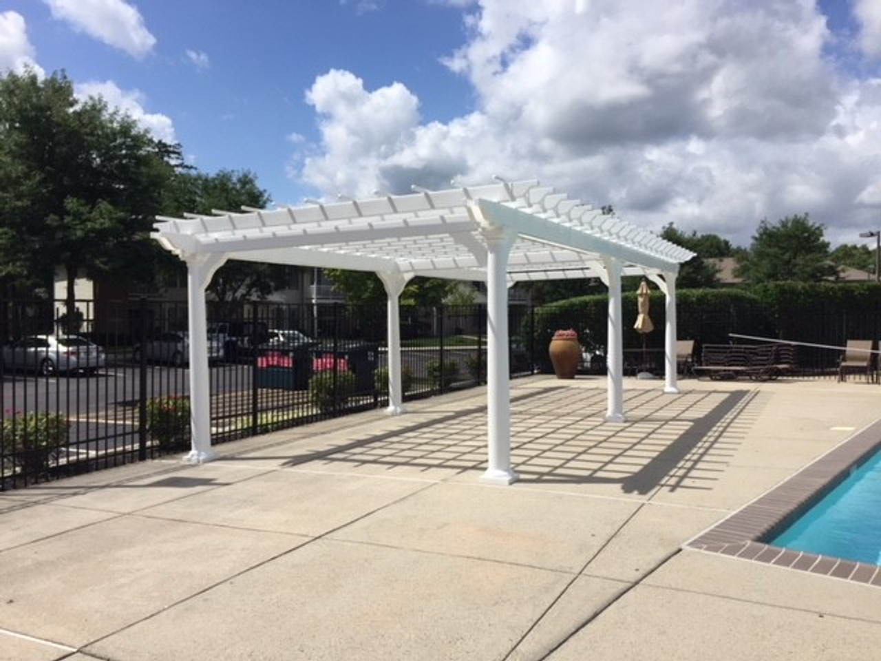 "12x28 pergola features 8"" round-tapered posts / Marlton, New Jersey"