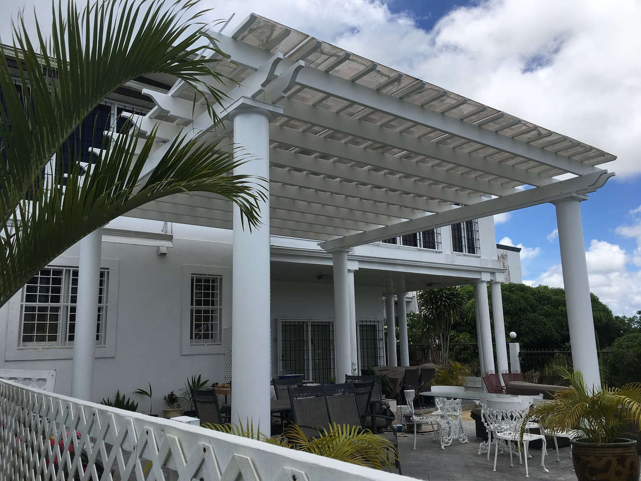 20x20 Freestanding Fiberglass Pergola Kit with Round Columns and Infinity Canopy, Medley, Florida