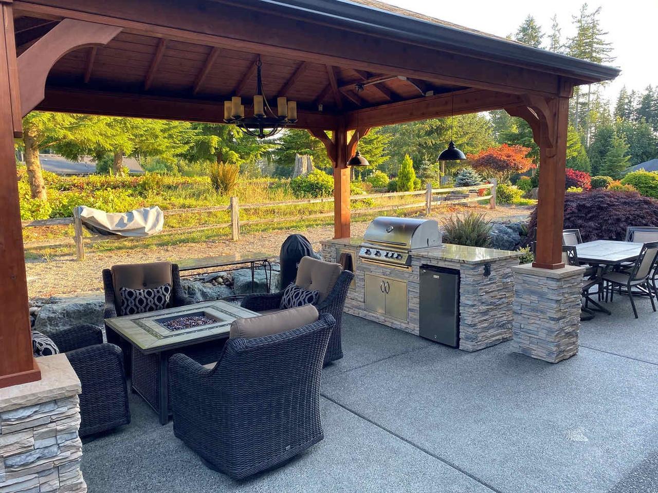 Outdoor Kitchen Covered by a 12x16 Cedar Pavilion, Redmond, WA