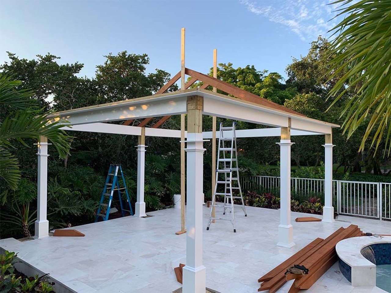 Step by Step this Vinyl Pavilion comes together