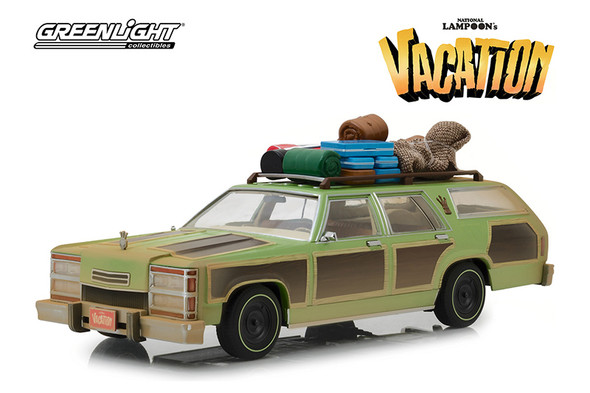 """Greenlight - Artisan National Lampoon's Vacation Family Truckster """"Wagon Queen"""" with Rooftop Luggage and Aunt Edna (1979, 1/18 scale diecast model car, Green) 19048"""
