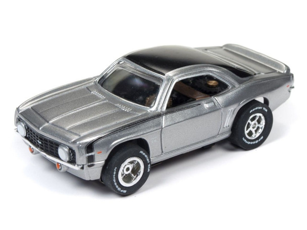 Auto World Xtraction R22 1969 Chevy Camaro SS Silver HO Scale Slot Car