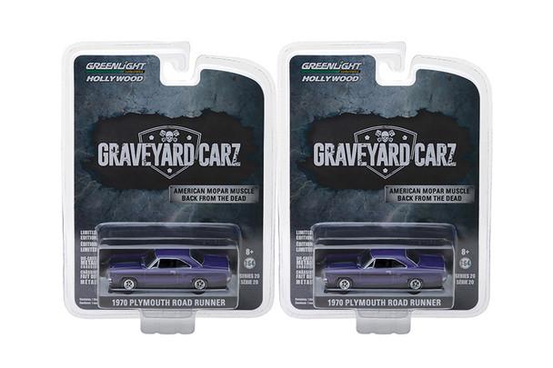 Greenlight - Hollywood Series 20   1970 Plymouth Road Runner Graveyard Carz
