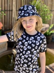 Six Bunnies Polka Skulls Kids Tee Shirt - girl model
