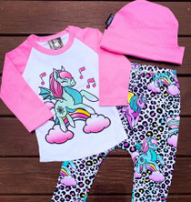 Six Bunnies Unicorn Party 3 Piece Set