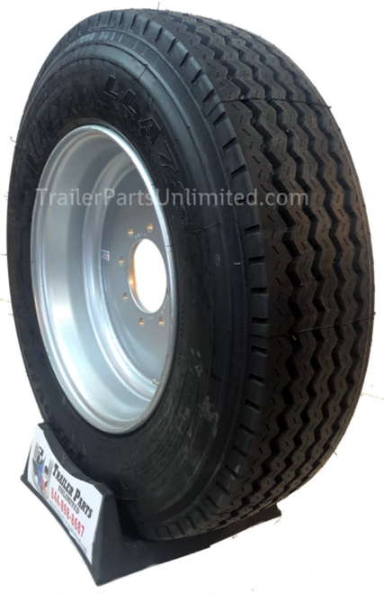 A235J/8H19. 235/75r17.5 18 ply tire wheel combo