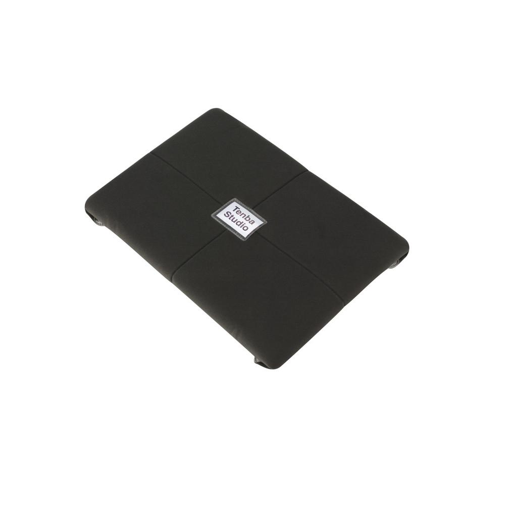 Tenba Tools 20-inch Protective Wrap - Black