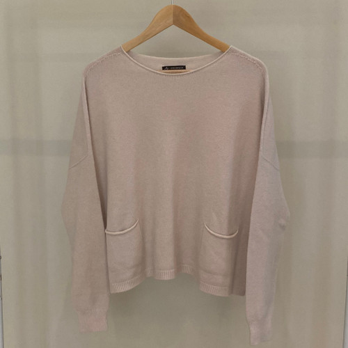 Knitted Jumper with pockets