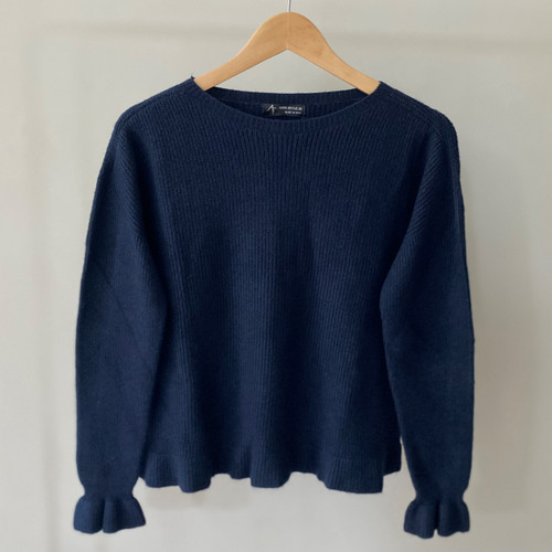 Ribbed knit jumper with frill detail