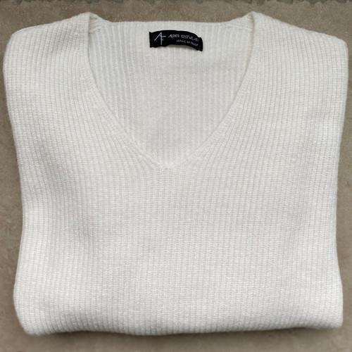 Oversized V-Neck Rib Knit