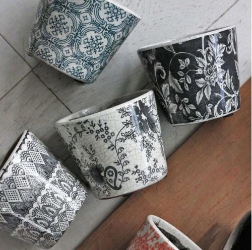 Grey Floral Costas Pot