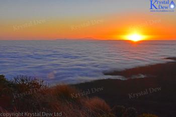 Sunrise from Henry Peakon the Pouakais