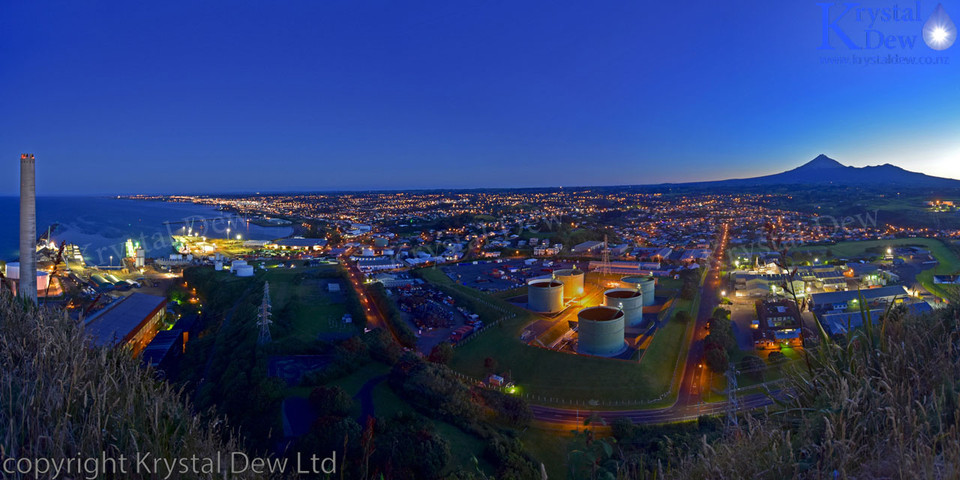 New Plymouth By Night