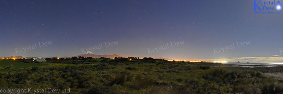 Night time panorama of Taranaki