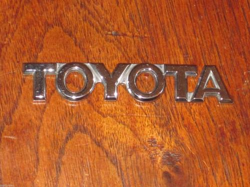 "TOYOTA 'chrome' plastic CAR BADGE EMBLEM, 3 7/16"" or 87mm long, nice! FREE POST"
