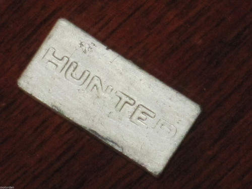 "Hillman HUNTER CAR BADGE miniature plastic plastic, 1 7/16"" or 36mm FREE POST"