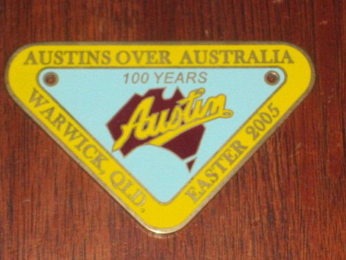 scarce AUSTIN 100 year AUSTRALIA member motor car club metal BADGE FREE POST NR