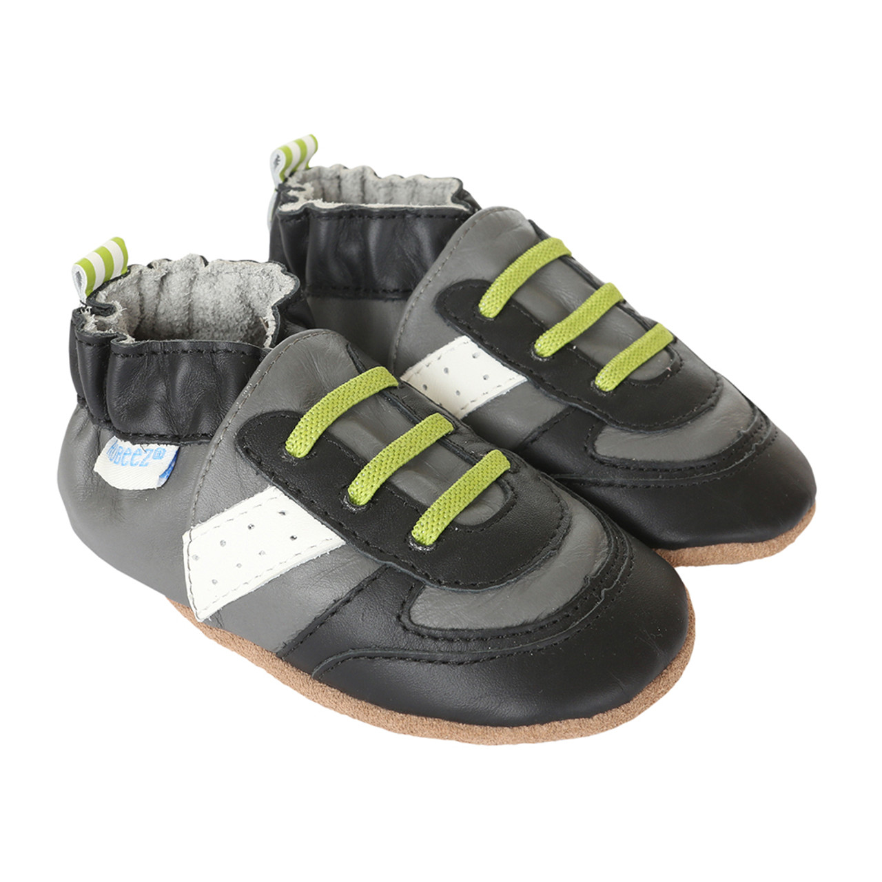 timeless design d9268 c2cbe Athletic shoes for babies, infants and toddlers. This baby shoes are in  black and