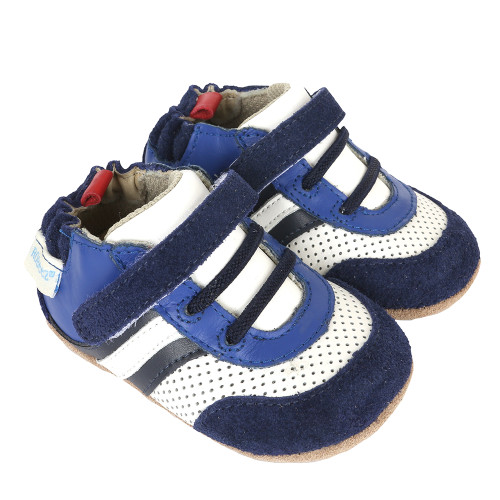 Athletic baby shoes for early and beginner walkers.  Good for babies, infants and toddlers.
