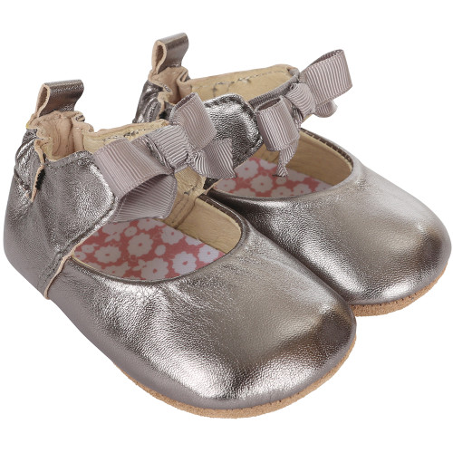 Bronze metallic baby shoes for girls with soft soles.