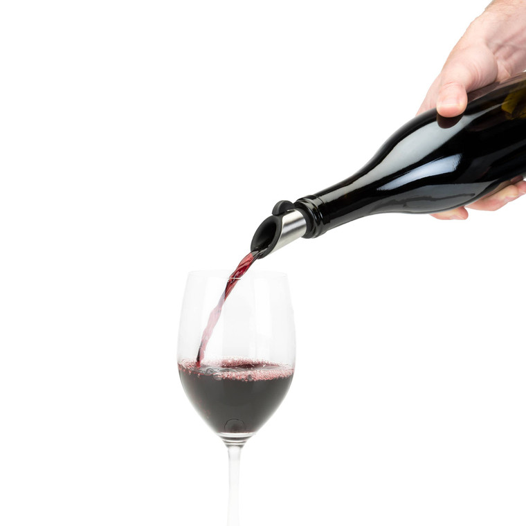 """HOST's STOPPER + POURER pours and preserves your bottle all in one go! The vertical knob position allows for a smooth pour while the horizontal position provides an airtight seal. Simply pour, turn the knob and preserve. Enjoy your bottle for the next round. Weight: 0.09. Dimension: 6"""" x 1.5"""" x 3""""."""