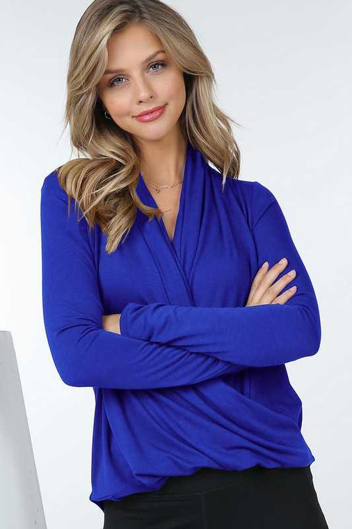 This wrap top is available in blue, brick and black. Available in S,M,L & XL.