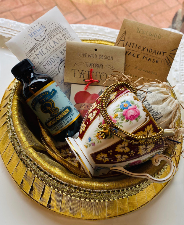 Mom's Blooming Tea Cup & Spa Gift Set