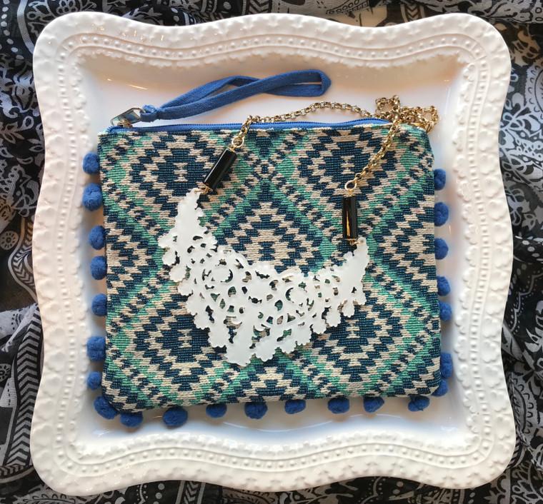 White Necklace & Wristlet Gift Set $48