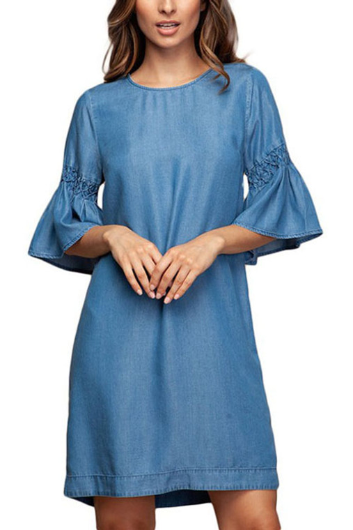 This is beautiful lightweight dress for the summer. Made of tencel fabric which is a cellulose fiber from wood. It offers optimum moisture transportation for your skins well being. Extra button included 100% Tencel