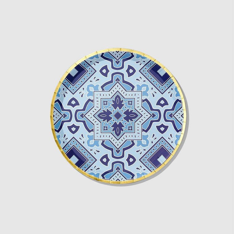 Inspired by Italian tiles, these decorative plates are an easy way to create a vibrant tablescape. Let them take center stage, or pair them with other patterns for an eclectic vibe. Includes 10 plates.