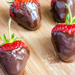 Chocolate Dipped Strawberries Flavor Concentrate