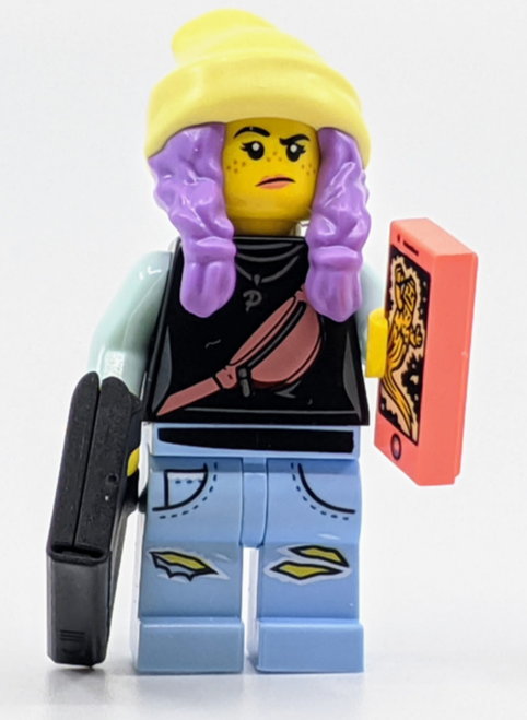 LEGO Hidden Side: Parker with Cell Phone and Laptop