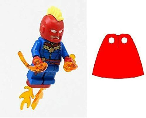 LEGO LEGO Superheroes Captain Marvel with Helmet and Power Blasts plus Bonus Cape