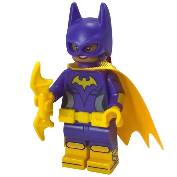 LEGO® Superheroes™ Batgirl with batarang - from the LEGO Batman Movie