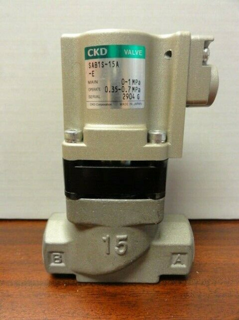 CKD SAB1S-15A-E SOLENOID VALVE **NEW**