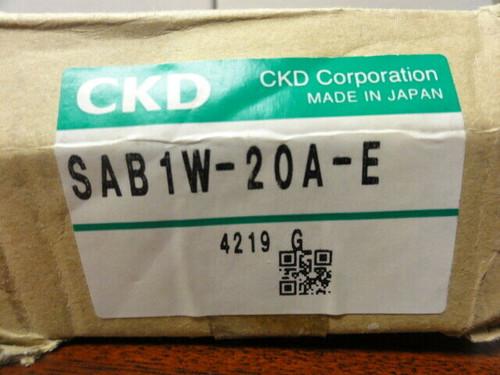 CKD SAB1W-20A-E SOLENOID VALVE **NEW**