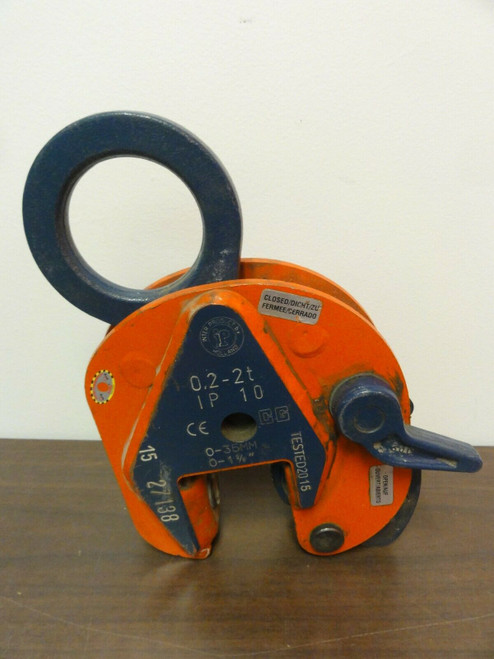 Crosby IP 10 Lifting Clamp, ASME BTH-1, Cat A, Class O, 0.2-2T, 0-35mm, 0-1 3/8""