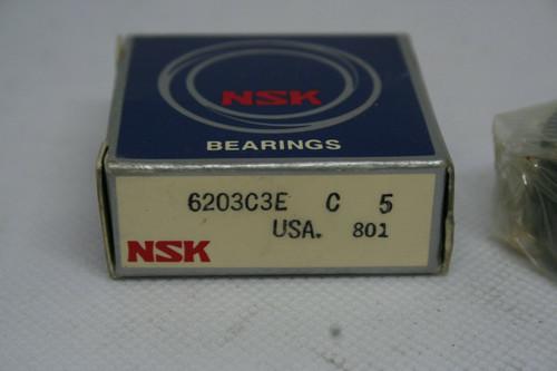 NSK MODEL 6203C3E SINGLE ROW DEEP GROOVE BALL BEARING *NEW*