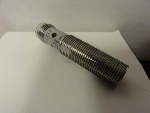 Omron E2FM-X2C1-M1 Proximity Sensor 12-24 Vdc