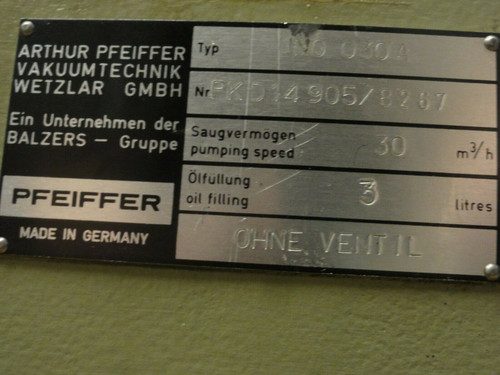 PFEIFFER TYPE UNO 030A VACUUM PUMP, 30m3/h, W/AEG MOTOR AM90SX4O4