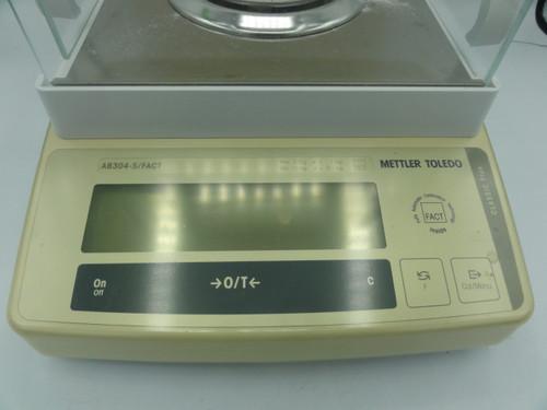 Mettler Toledo AB304-S Analytical Balance Scale