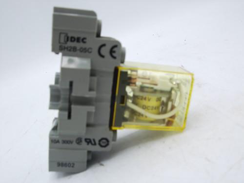 (5) Idec SH2B-05C Relay Bases with RH2B-UL Relays
