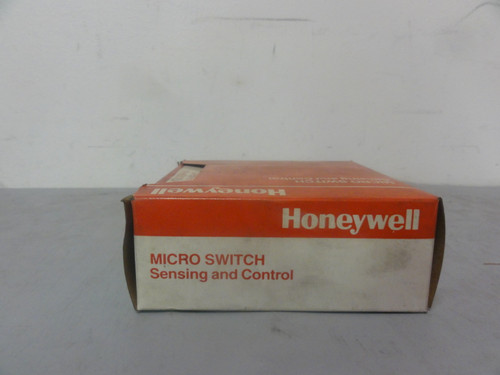Honeywell Microswitch BZ-2RW80147-A2 Switch Snap Action Roller Switch (Lot of 2) New (Open Box)