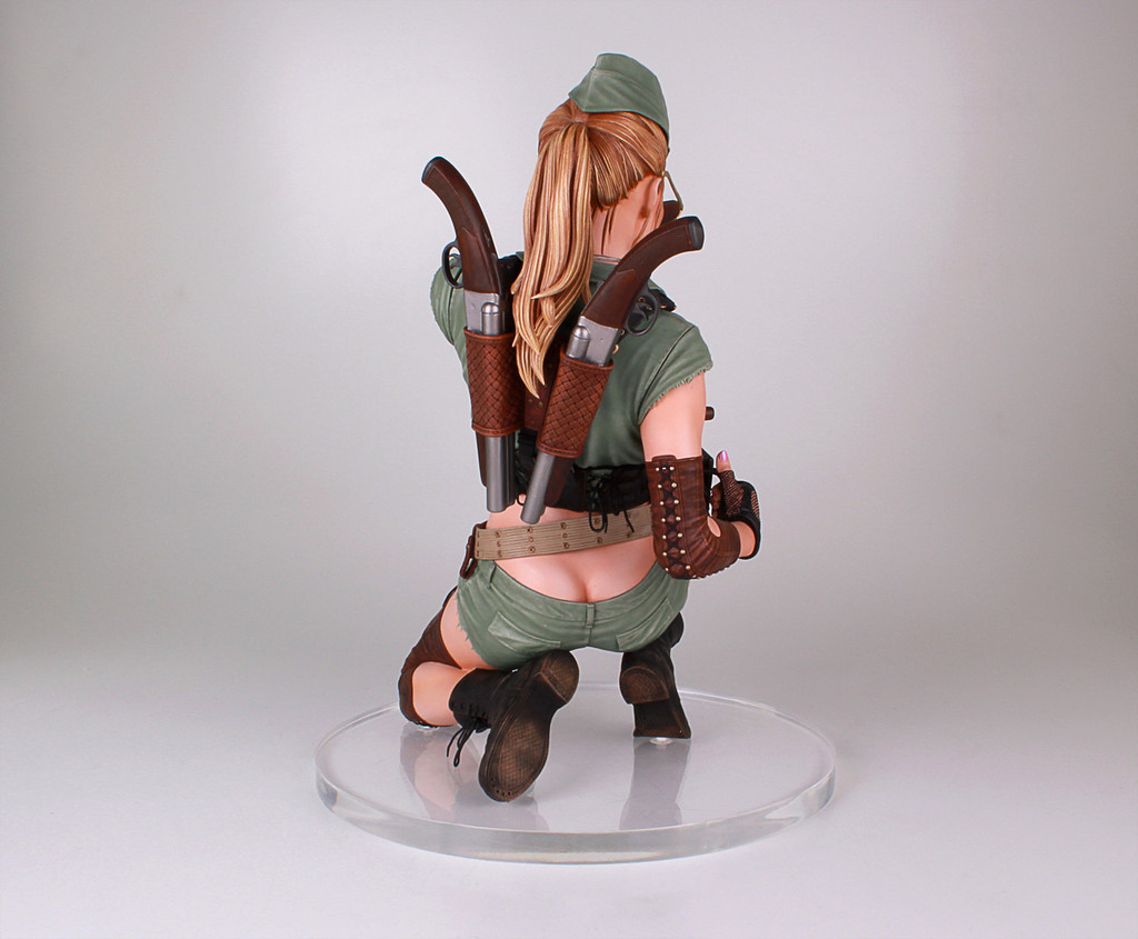 Honey Trap Lucky Statue