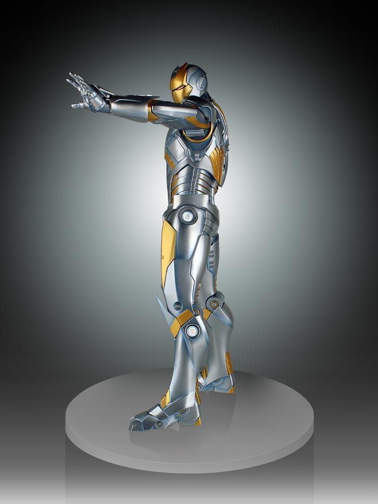 Metropolis Iron-Man Armor Variant Statue Thumbnail 4