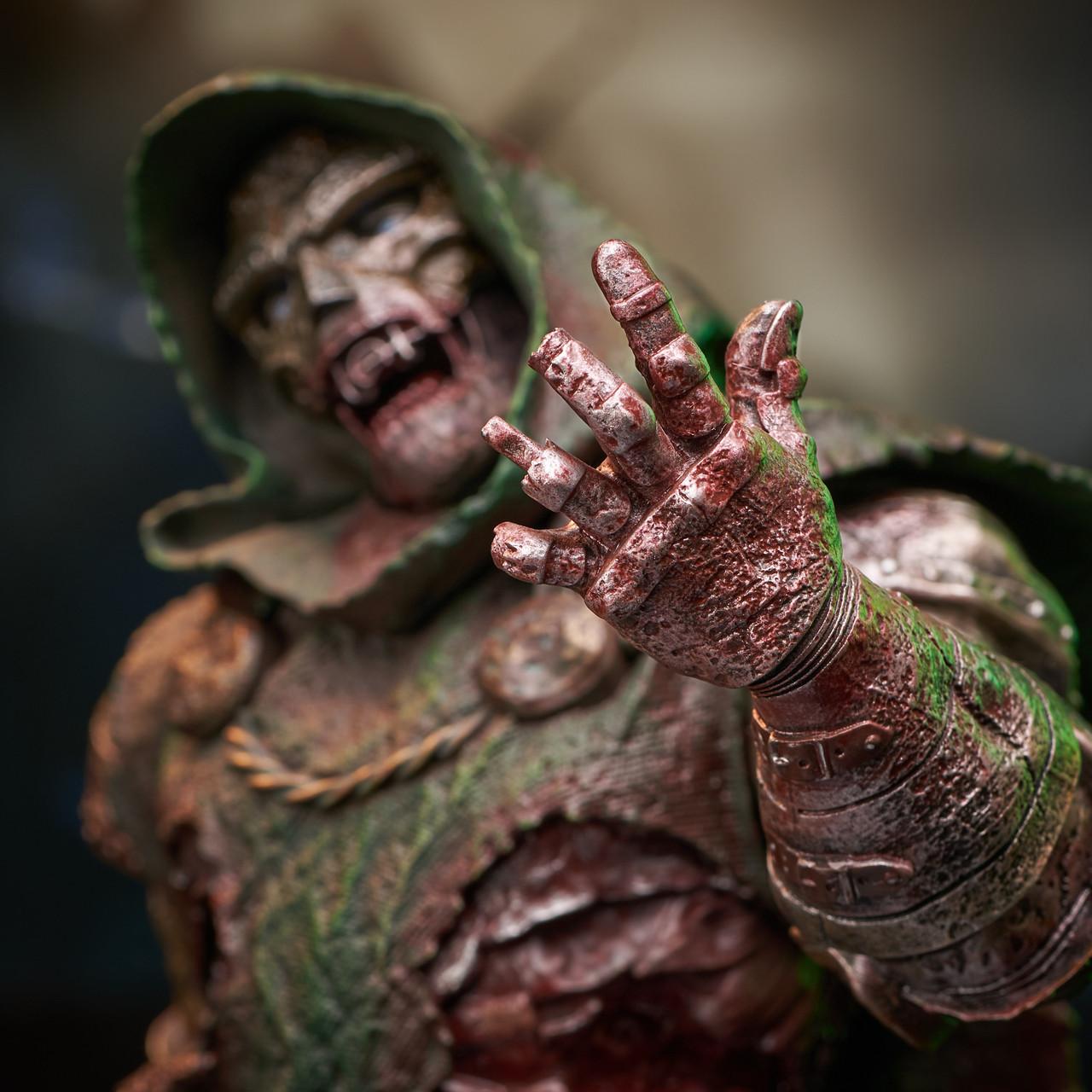 Doctor Doom (Zombie) Mini Bust - 2021 NYCC Exclusive Marvel_ZombieDoom_Bust_07__38194.1628206900
