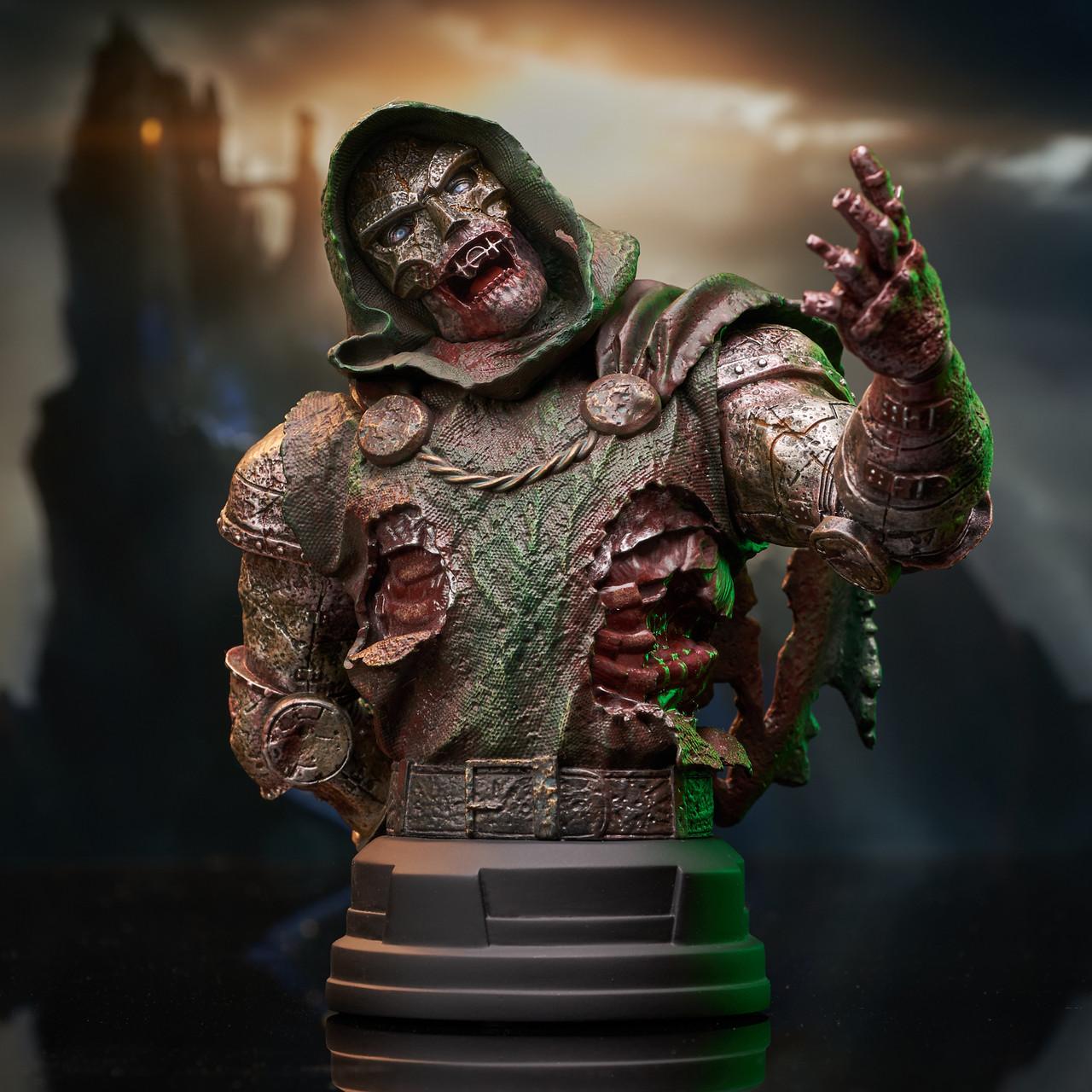 Doctor Doom (Zombie) Mini Bust - 2021 NYCC Exclusive Marvel_ZombieDoom_Bust_01__74798.1628206890